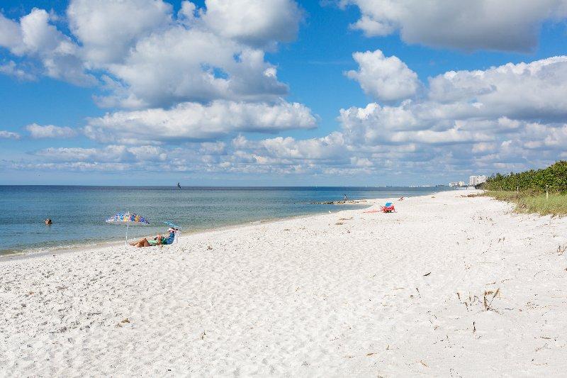 Naples Cay #1103 - Stunning Beachfront Designer Renovated Condo, vacation rental in Pelican Bay