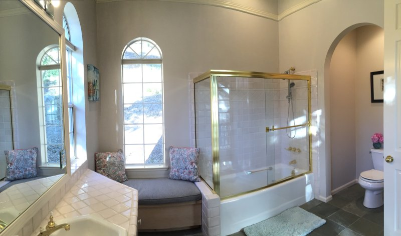 Spacious full bathroom with stocked essentials, all clean towels for indoor//outdoor use included.