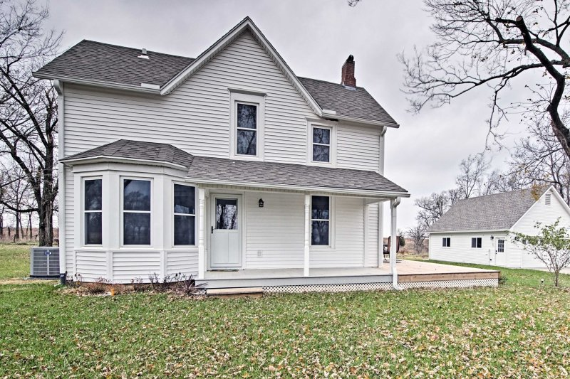 A bucolic getaway awaits at this historic Lecompton vacation rental farmhouse!