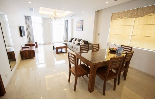 Three-bedrooms luxury in CENTRAL Hanoi - IDC, holiday rental in Hanoi