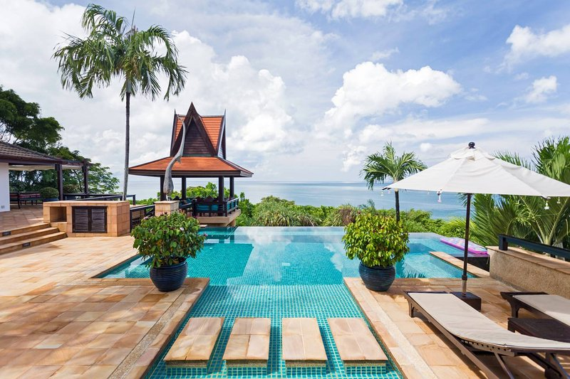 Kata Villa 404 - 5 Beds - Phuket, vacation rental in Kata Beach