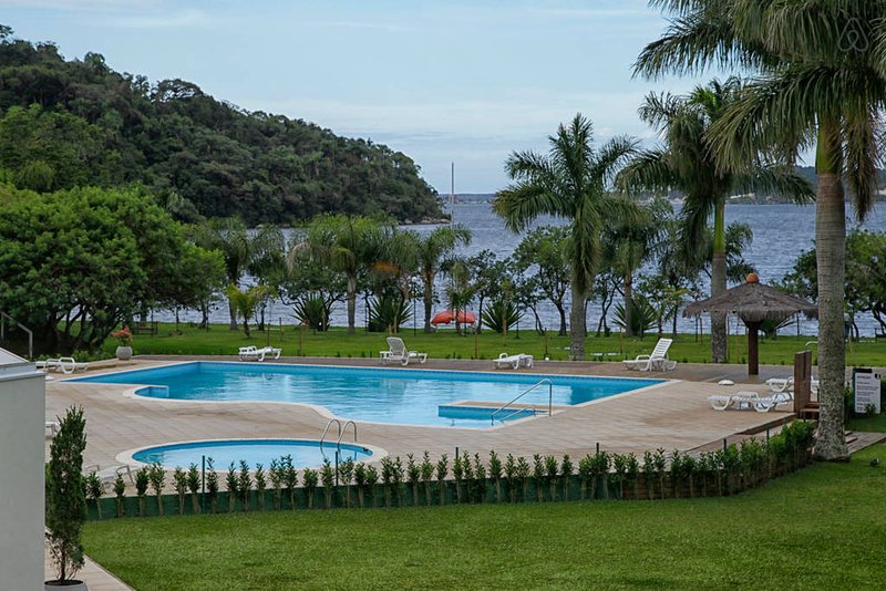 Florianopolis Condominio Resort Apartamento Temporada Lagoa da Conceição, holiday rental in Lagoa da Conceicao