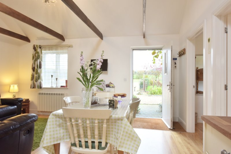Willow cottage, holiday rental in Egerton