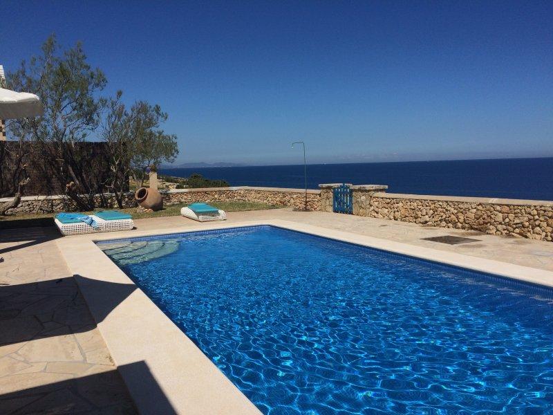 Sea front Swimming pool