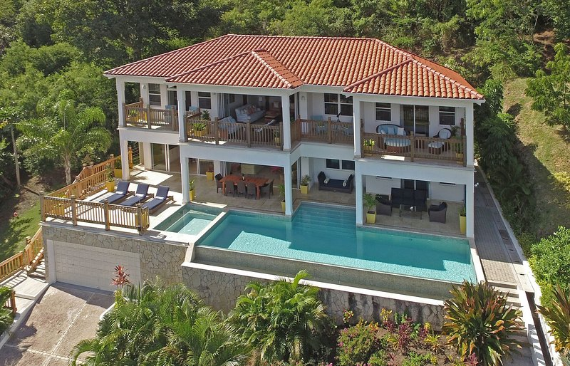 With 6,000 sq ft of indoor space, verandas and decks, the villa is incredibly spacious.