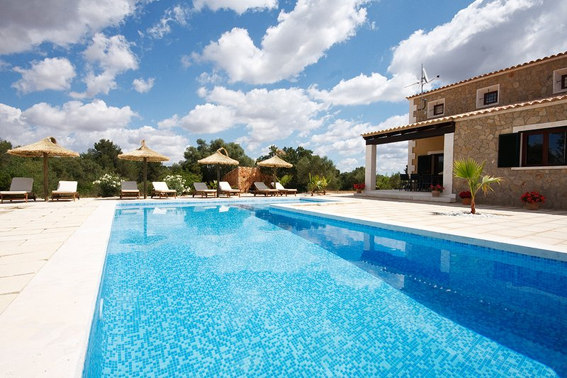 Villa Ca Na Bubota in Algaida, vacation rental in Santa Eugenia