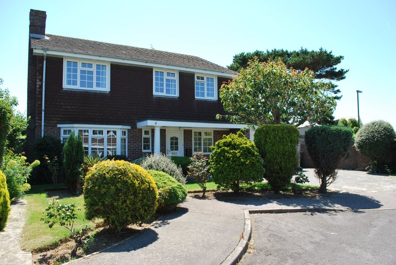 West Wittering Holiday Rental, holiday rental in Bracklesham Bay