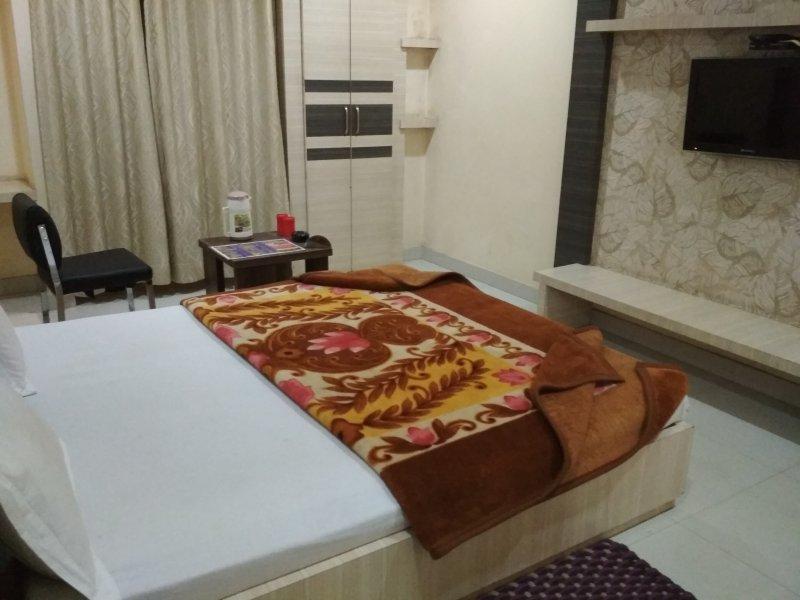 Hotel Apartment Shri Krishna Unit 10, Ferienwohnung in Pachmarhi