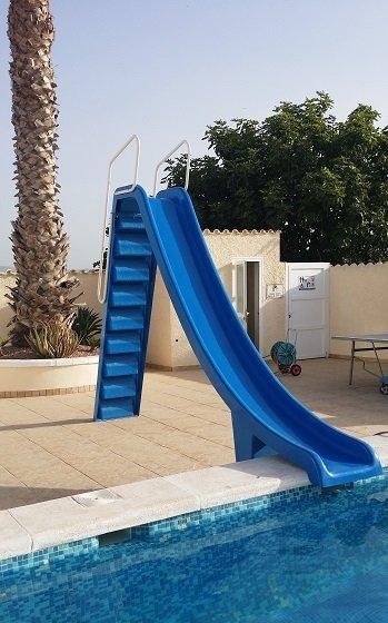 Nuestra diapositivas piscina en Farmhouse1.