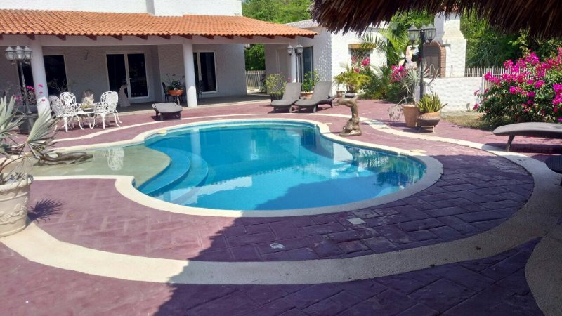 Lower Loft on the Pacific, holiday rental in Lazaro Cardenas