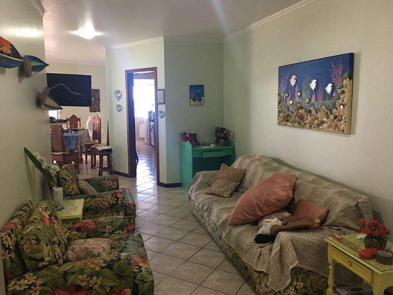 Sala de estar TV LED 32' a cabo HD