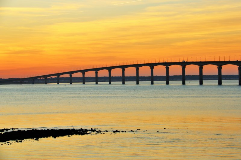 The bridge of the island D at sunset