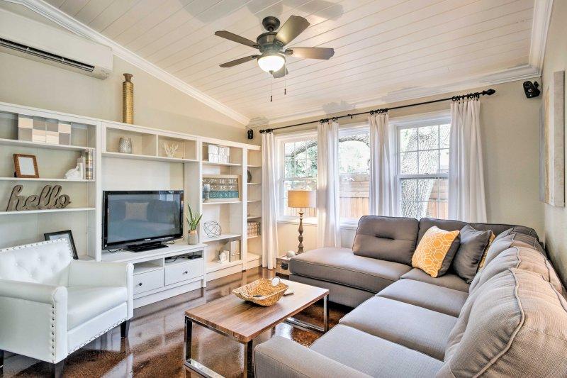 Treten Sie ein in dieses wunderschöne Ferienhaus und genießen Sie die neue Einrichtung!
