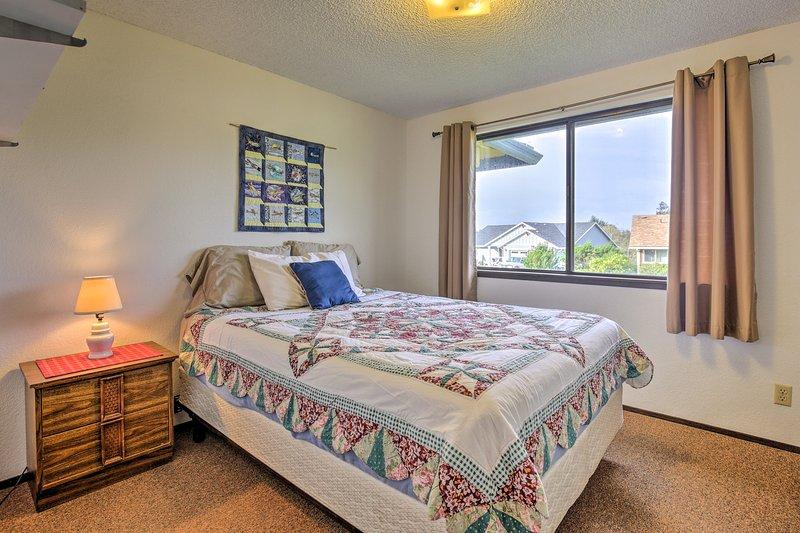 Twee extra gasten kunnen gezellig zitten in de koningin bed in de tweede slaapkamer.