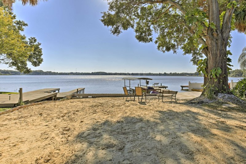 You'll enjoy waking up to sunrises over the lake at this waterfront property.