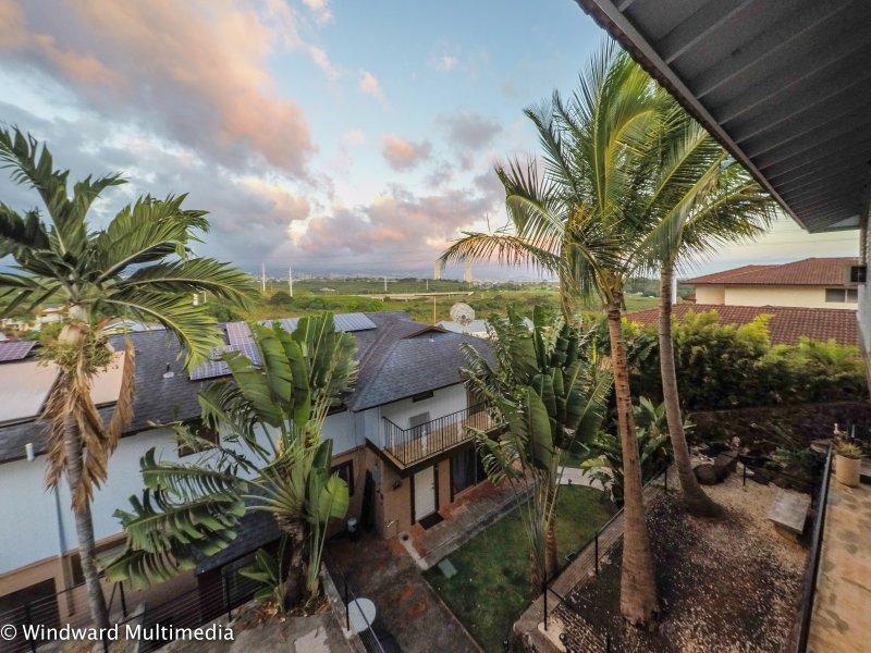 Prachtig uitzicht op de binnenstad vanaf de voorkant patio
