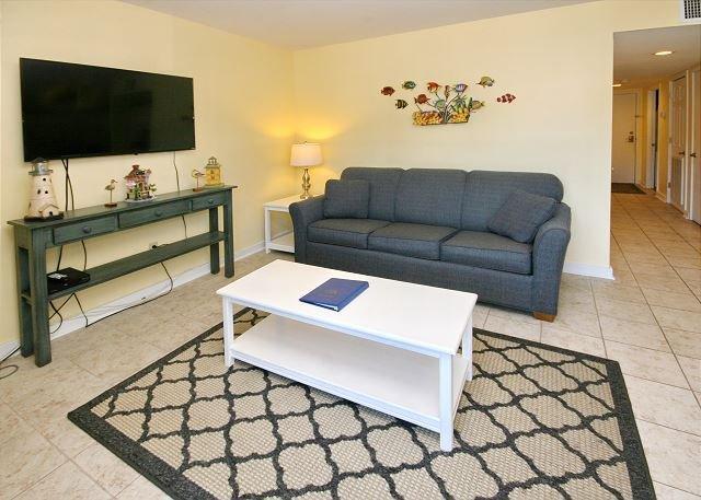 Myrtle Beach Resort B327 | Attractive Condo w/Full Kitchen & Indoor Pool, holiday rental in Socastee