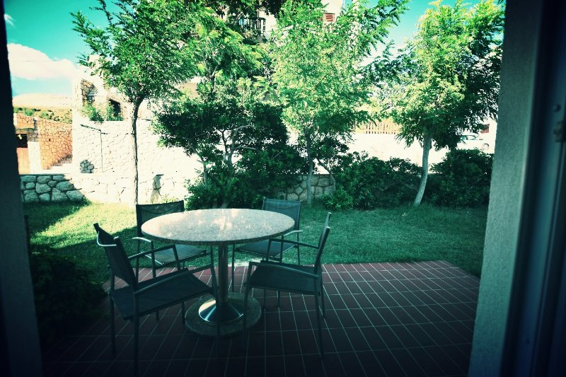Enjoy you private terrace with grill and dinin furniture!