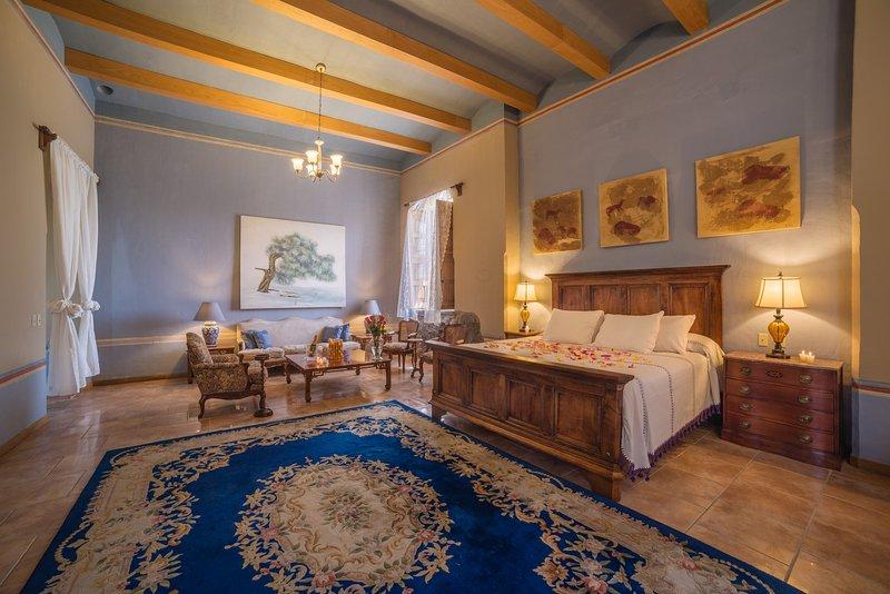 Hacienda Labor de Rivera Hotel Spa & Eventos Alcoba Colonial, holiday rental in Tequila