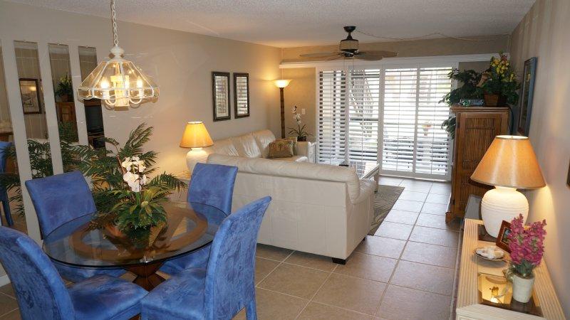 Castel del Mare, Luxury Condo, Near Siesta Key, holiday rental in Sarasota