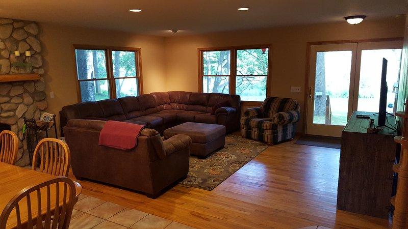 living room area (riverside)