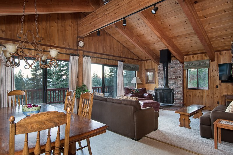 North Shore - Lakeview Lodge  Chalet in Northstar