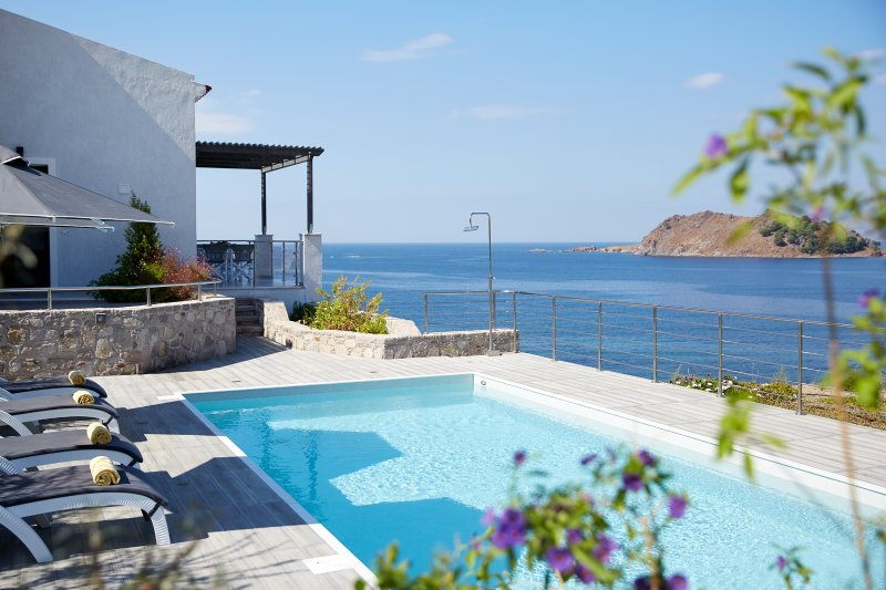 Villa Alia - Sea view from private pool
