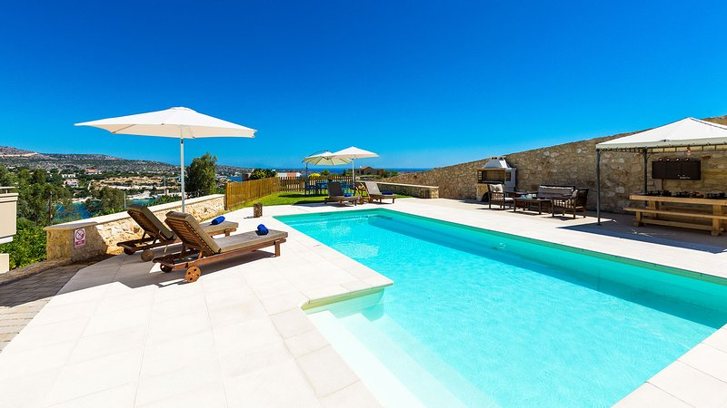 35 sqm ecological swimming pool, that can also be heated upon request with additional fee
