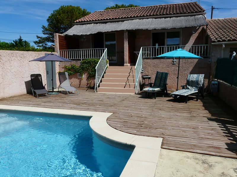 Ls2 280 meloun nice flat near the lub ron in cavaillon tripadvisor cavaillon location de - Carte sur table cavaillon ...