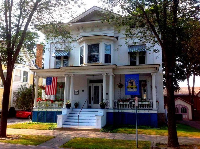 HistoricHome, EastSide, Downtown, vacation rental in Saratoga Springs