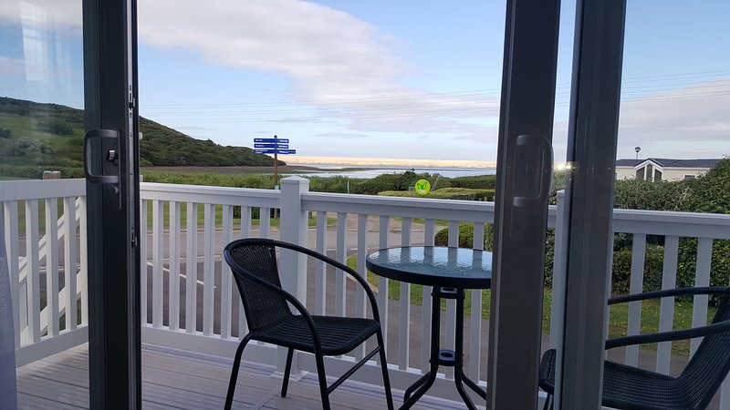 Littlesea holiday park, Weymouth. Private Holiday home to let with sea view., holiday rental in Weymouth