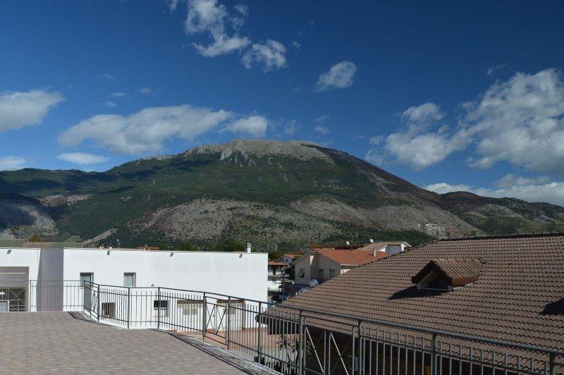 B&B Aquino in Terrazza - Appartamento 'Il panorama di San Tommaso', vacation rental in Arce