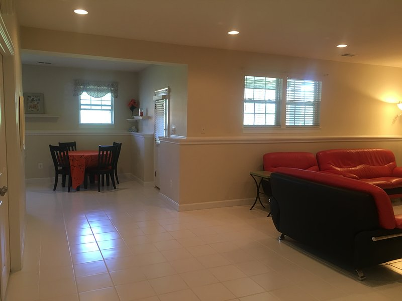 Clean Spacious Basement, location de vacances à Ashburn