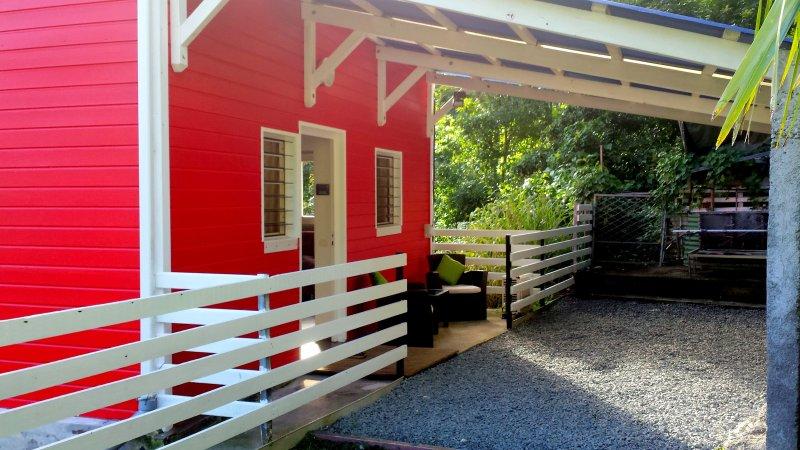 Entrada / Garagem / Quintal / Barbecue
