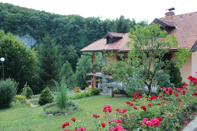 Holiday Home Jakovci, vacation rental in Belavici