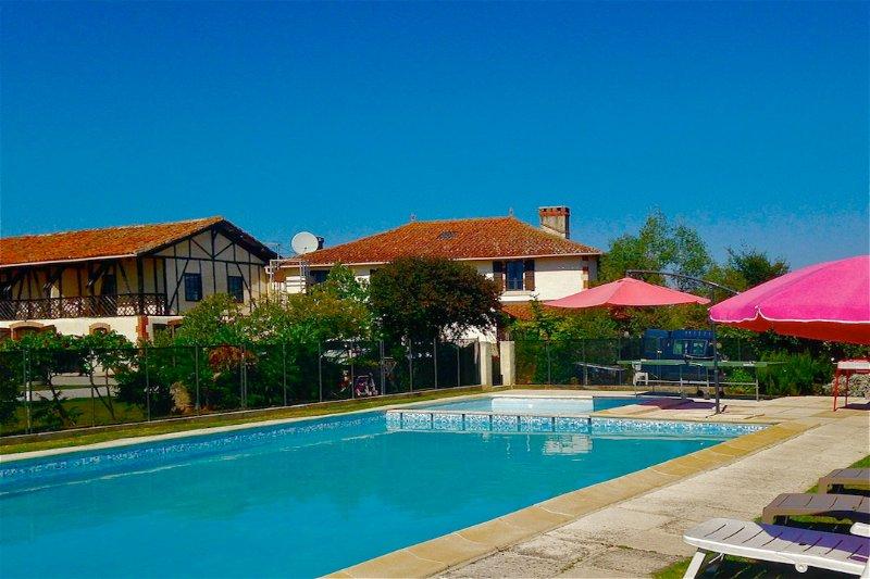 La Feniere - France Getaway - Relax, Explore, Enjoy - large gite 9 people, holiday rental in Berdoues