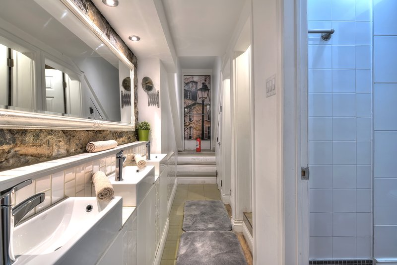 3 lavandini in bagno 3