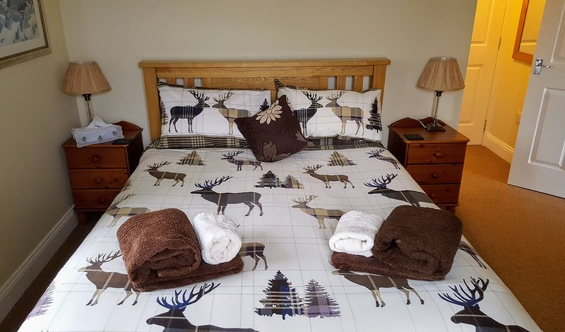 King size bedding at Briar Steading in the rutting season- Lochearnhead