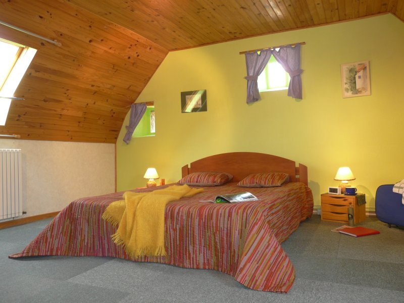 The master bedroom. 1 cot is available
