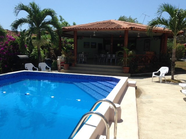 Pool View Triple with TV, holiday rental in Pedasi