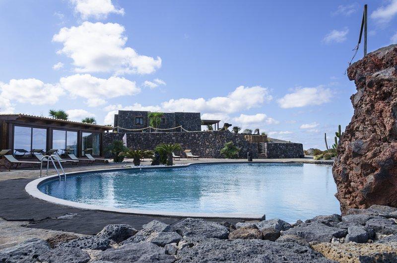 residence sotto le stelle s.r., casa vacanza a Pantelleria