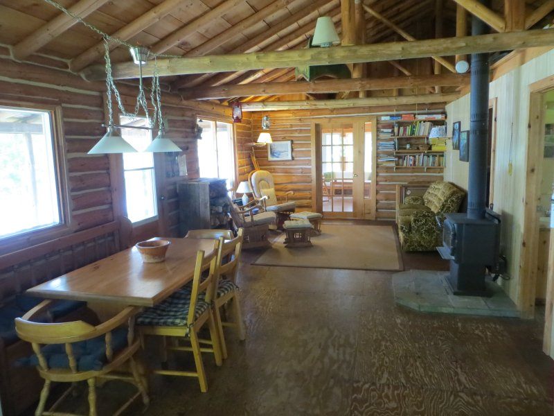 idyllic log cottage on point near algonquin park updated 2019 rh tripadvisor com