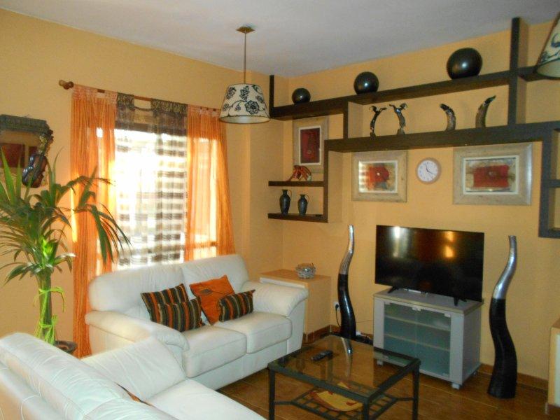 Apartamento con dos habitaciones y dos baños muy céntrico., vacation rental in Las Palmas de Gran Canaria