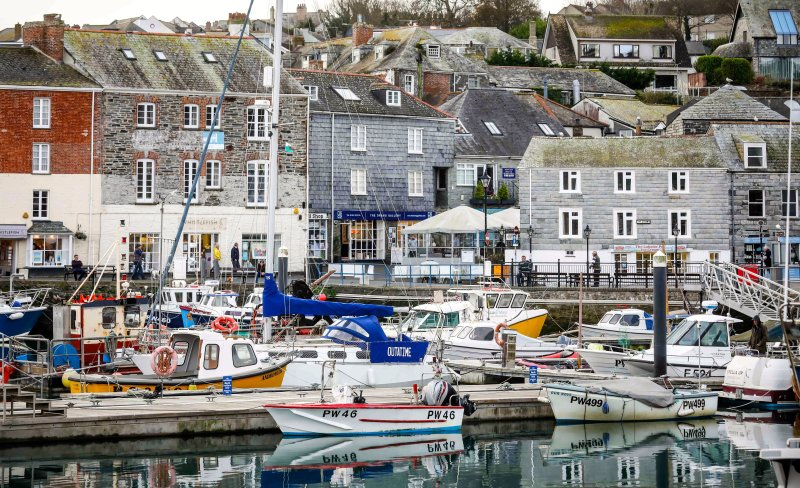 12 Strand Street, Padstow.......harbour front location...