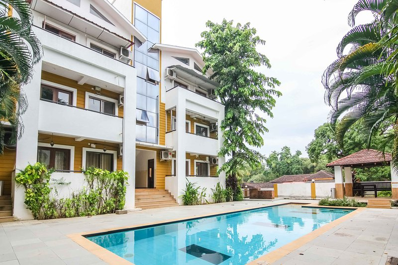 Two bedroom pool facing Apartment for rent in Anjuna Goa - A1, holiday rental in Parra