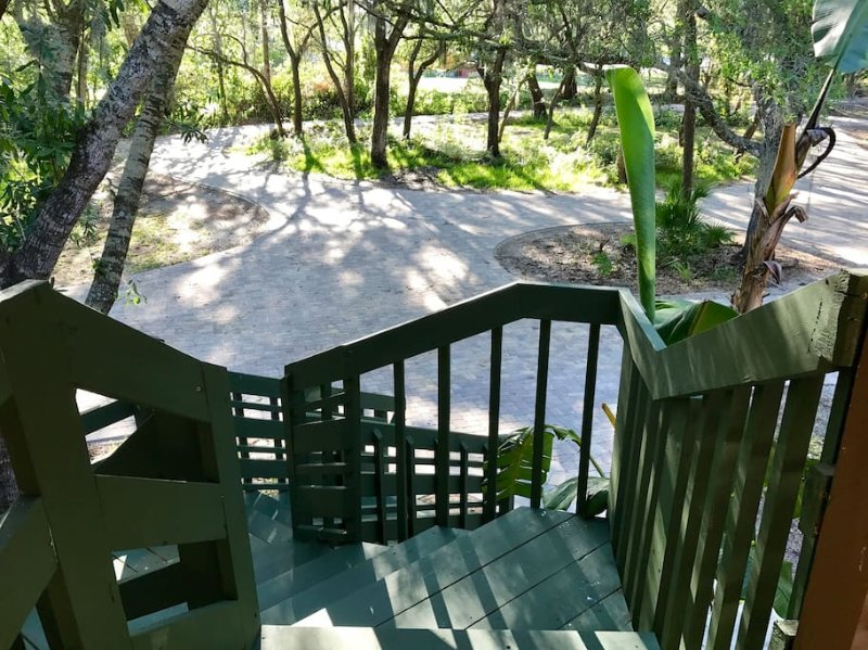 Airbnb For Cars >> Tropical Escape Sarasota Has Hot Tub and Private Yard - UPDATED 2019 - TripAdvisor - Sarasota ...