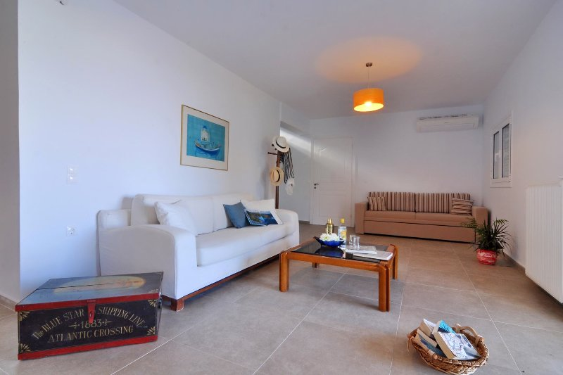 Ground floor sitting area with direct access to pool.