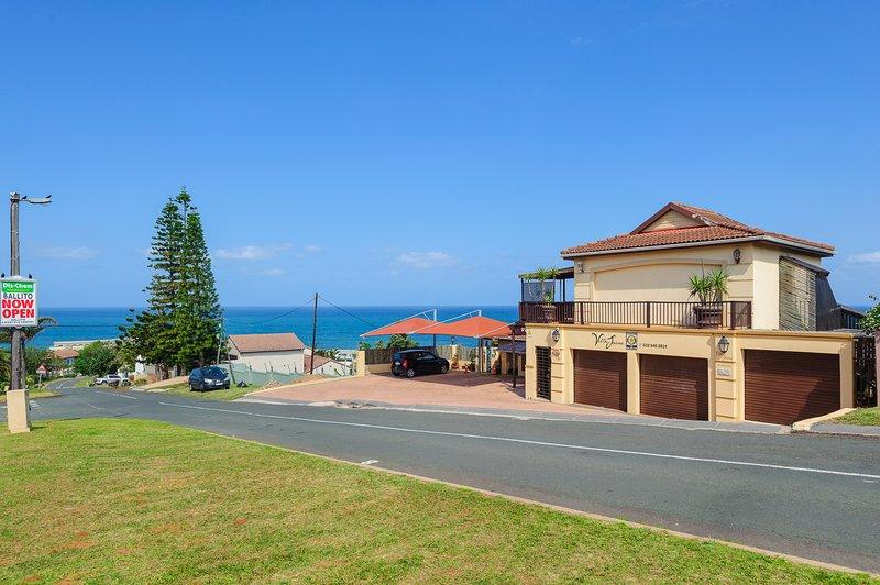 Villa Jaime Casa a un corto camino desde la playa.