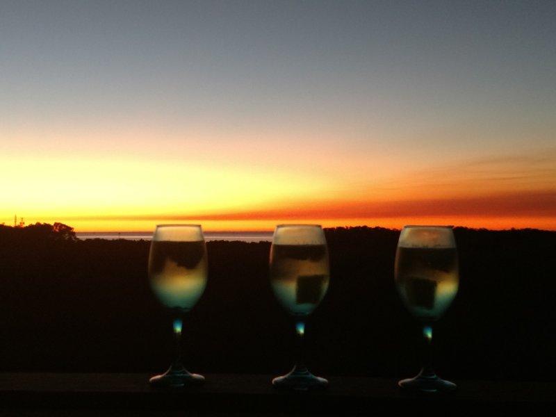 Zonsondergang en sangria vanaf het zonnedek!