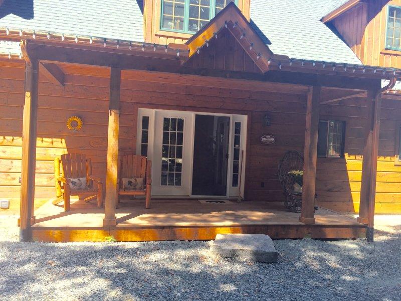 Beautiful Executive Log Home on Drag Lake, vacation rental in Minden